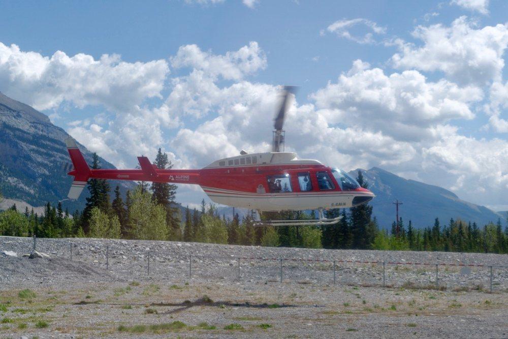 Hubschrauber-Rundflug in Canmore