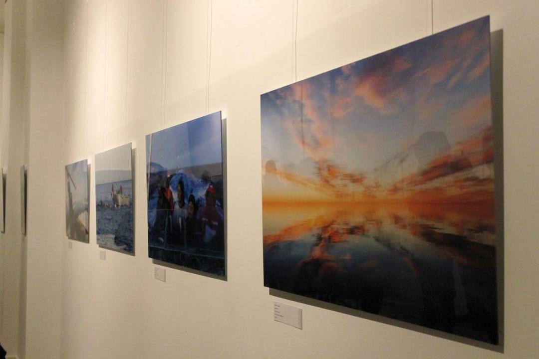 """Fotos der Ausstellung """"Iglulik"""" in der Neuen Galerie Berlin"""