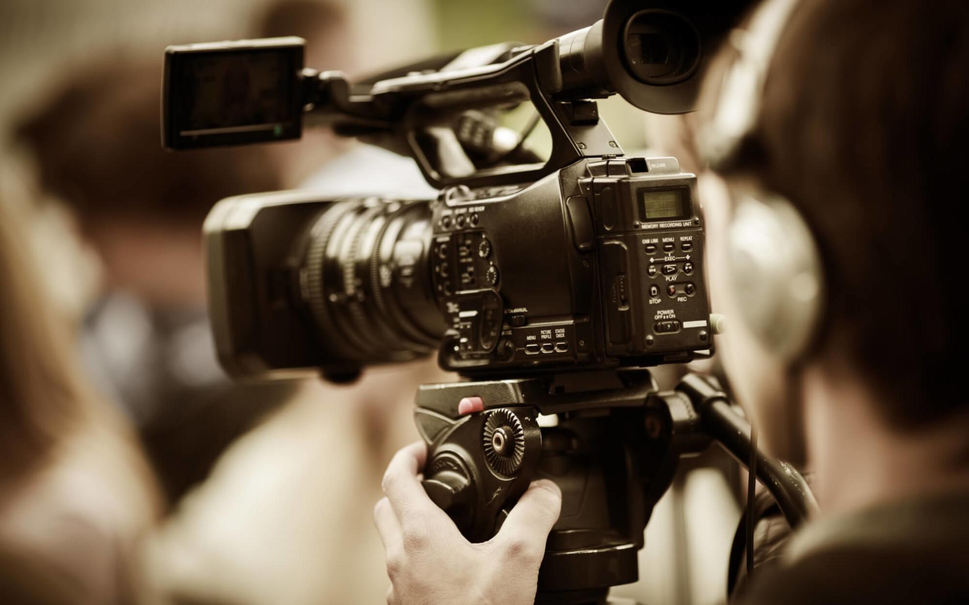 Professionelle Videokamera für Bewegtbild-Journalismus
